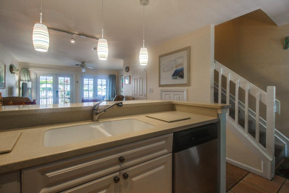 Bright Key West Beauty - Key West Vacation Rental - Photo 11