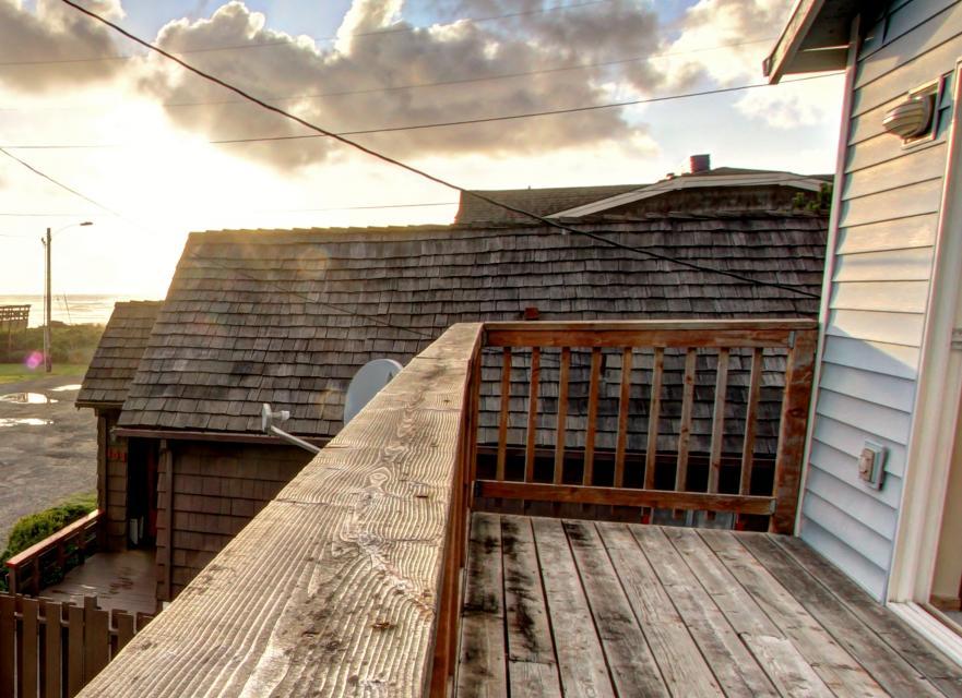 The Mariner - Rockaway Beach Vacation Rental - Photo 29
