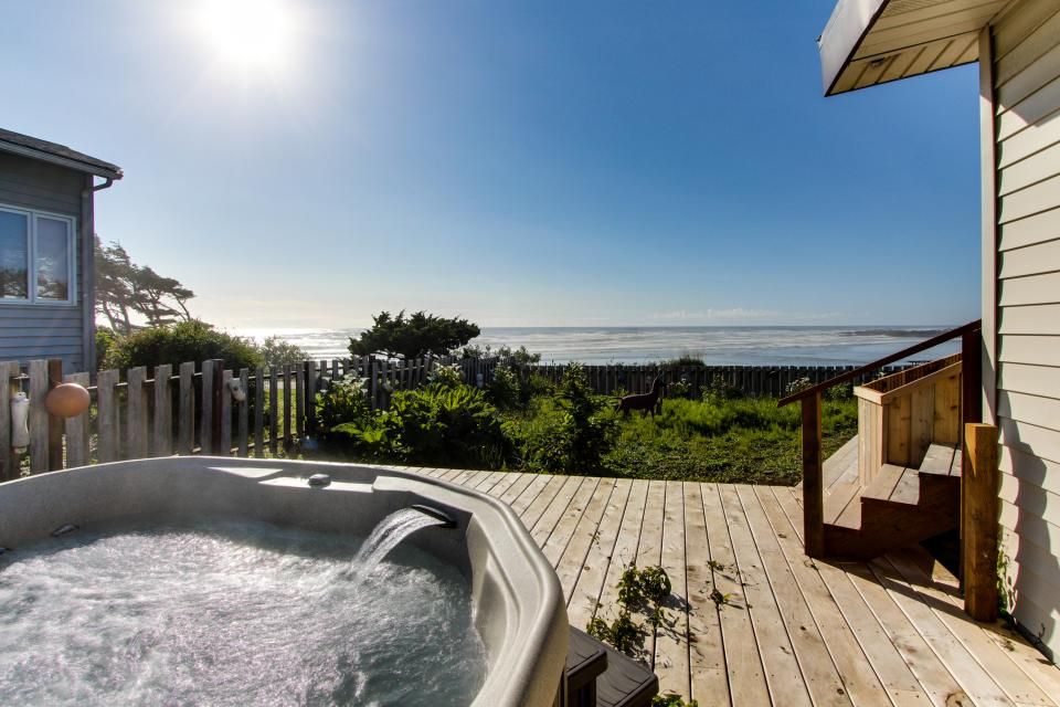 Patty's Sea Perch Oceanfront - Yachats Vacation Rental - Photo 28