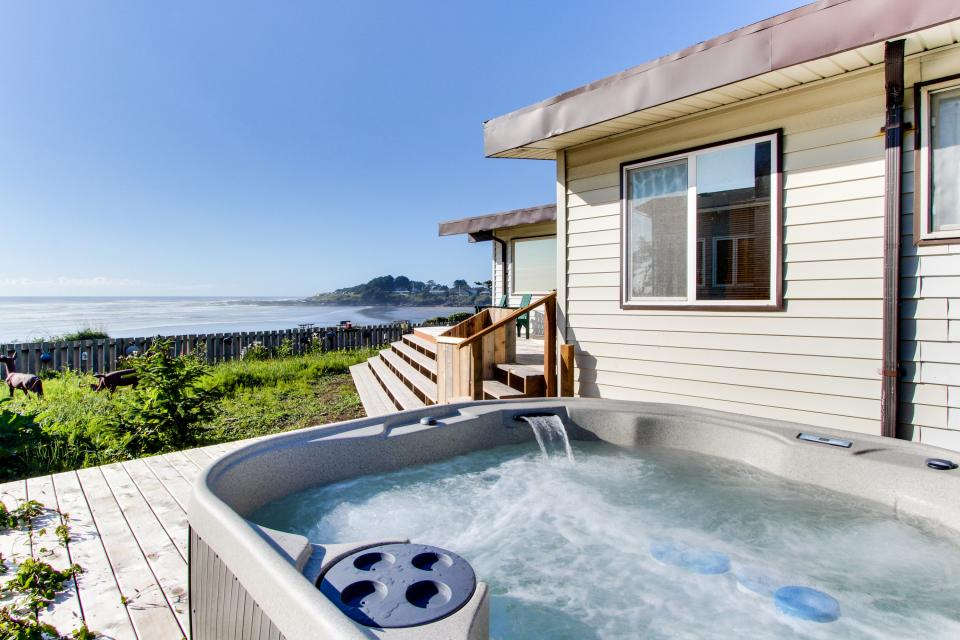 Patty's Sea Perch Oceanfront - Yachats Vacation Rental - Photo 29