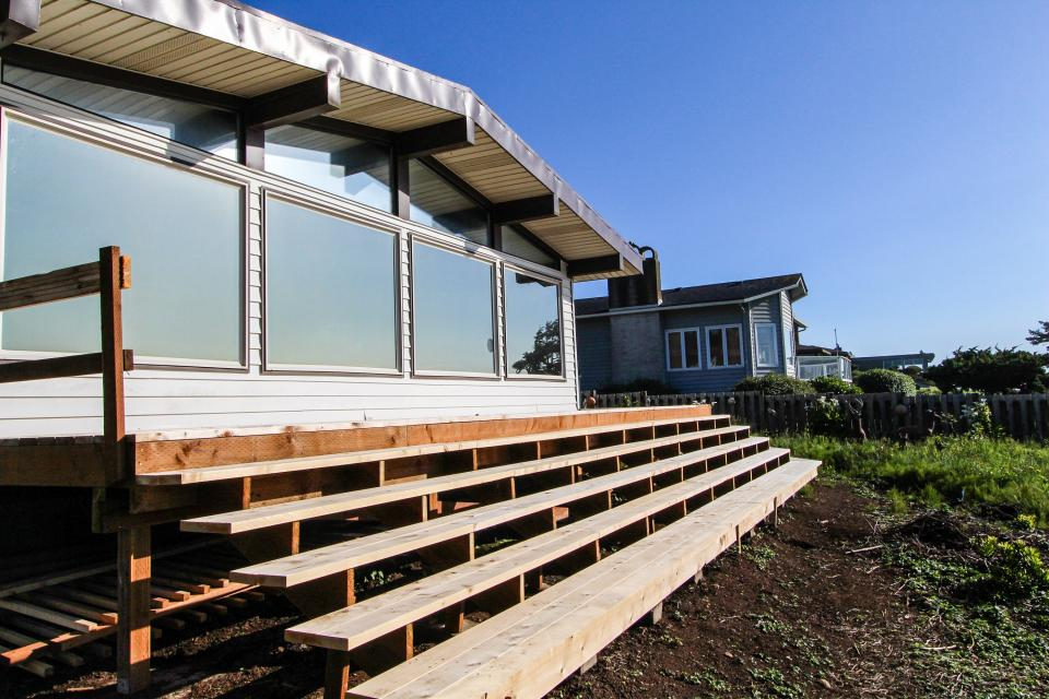 Patty's Sea Perch Oceanfront - Yachats Vacation Rental - Photo 3