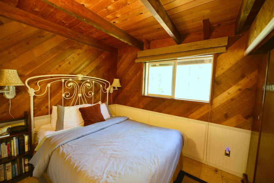 Pappy's Cabin - Brightwood Vacation Rental - Photo 21