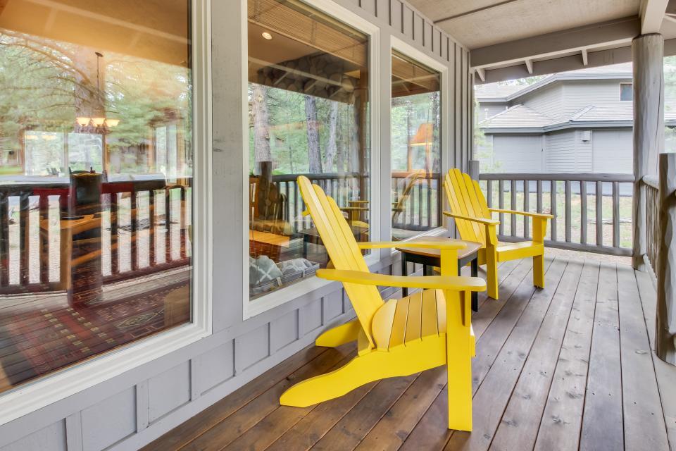 Cypress Lane 06 | Discover Sunriver - Sunriver Vacation Rental - Photo 2