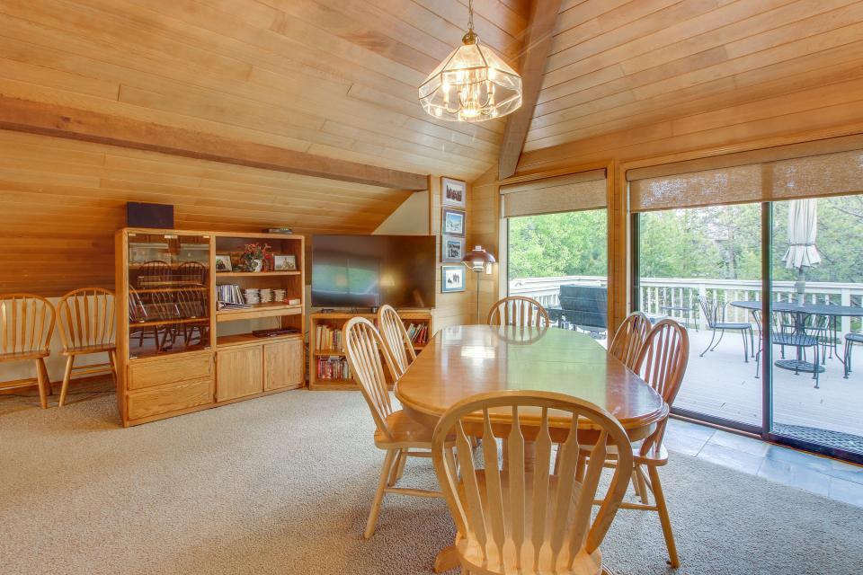 Hickory Lane 20 | Discover Sunriver - Sunriver Vacation Rental - Photo 34