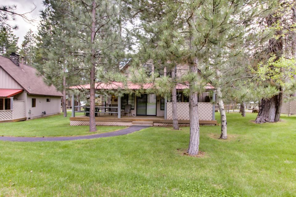Circle 4 Ranch 31 | Discover Sunriver - Sunriver Vacation Rental - Photo 4