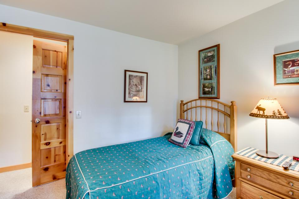 Circle 4 Ranch 31 | Discover Sunriver - Sunriver Vacation Rental - Photo 21
