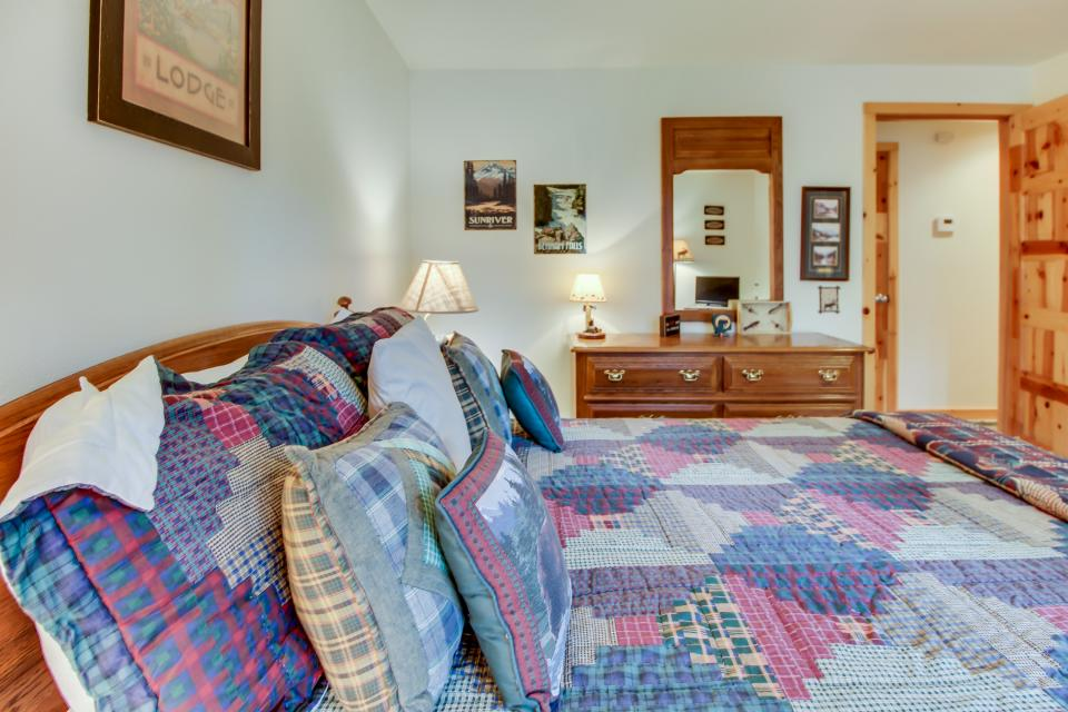 Circle 4 Ranch 31 | Discover Sunriver - Sunriver Vacation Rental - Photo 25