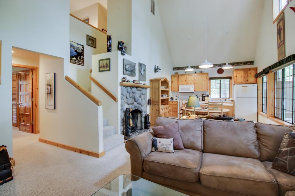 Circle 4 Ranch 31 | Discover Sunriver - Sunriver Vacation Rental - Photo 16
