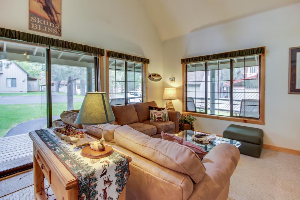 Circle 4 Ranch 31 | Discover Sunriver - Sunriver Vacation Rental - Photo 18