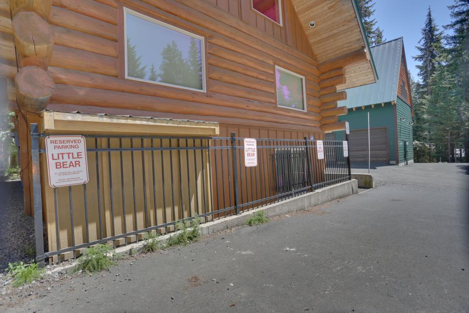 Big Bear Cabin and Little Bear Cabin - Government Camp Vacation Rental - Photo 13