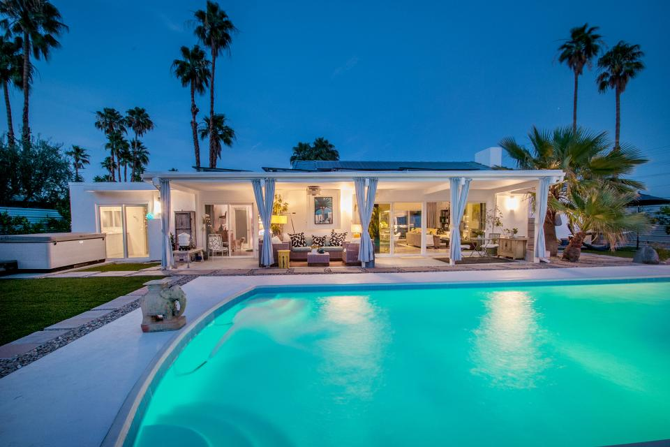 Hollywood Hideaway - Palm Springs Vacation Rental - Photo 1