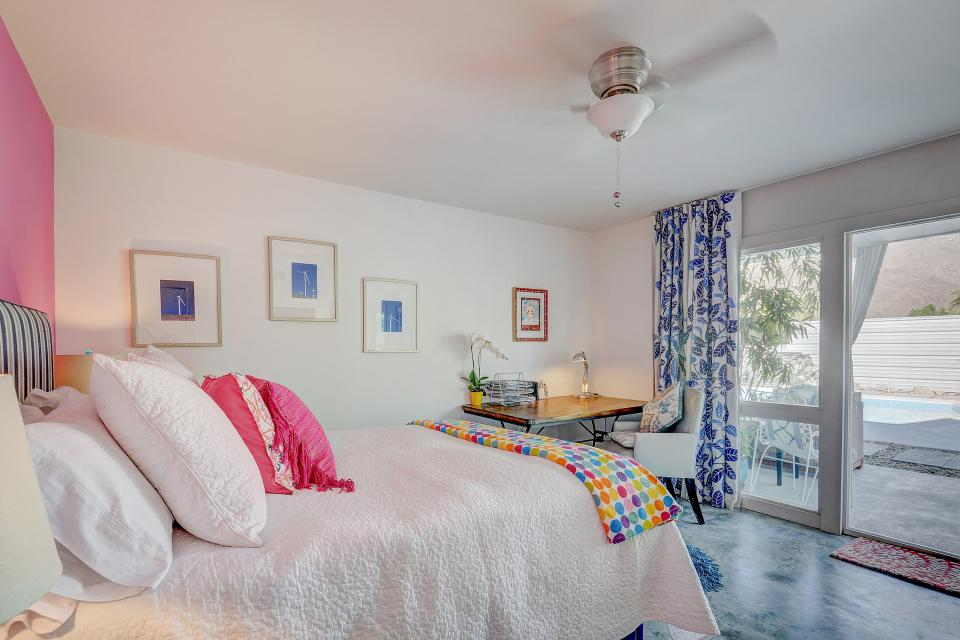 Hollywood Hideaway - Palm Springs Vacation Rental - Photo 13