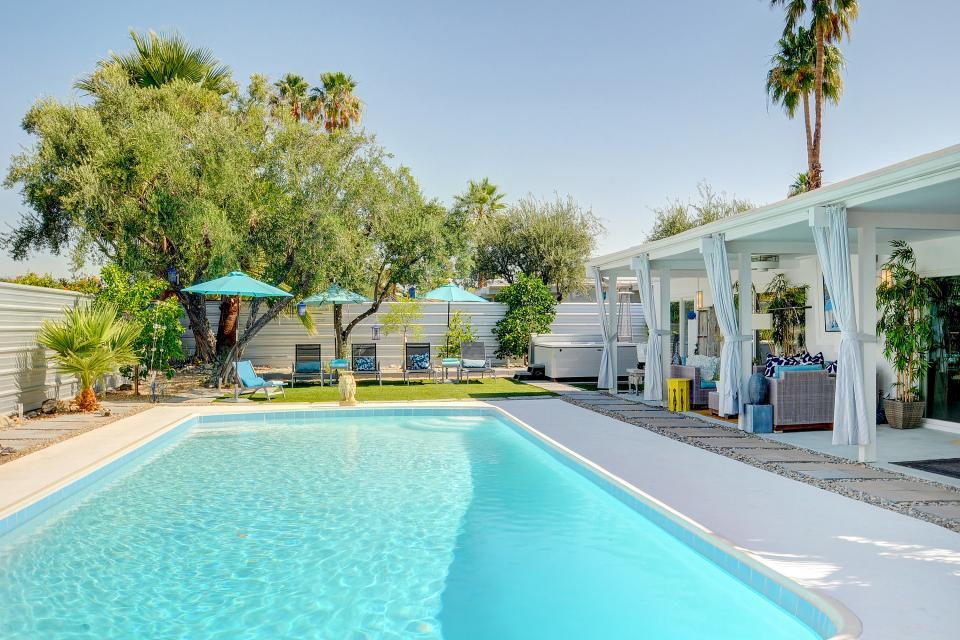 Hollywood Hideaway - Palm Springs - Take a Virtual Tour
