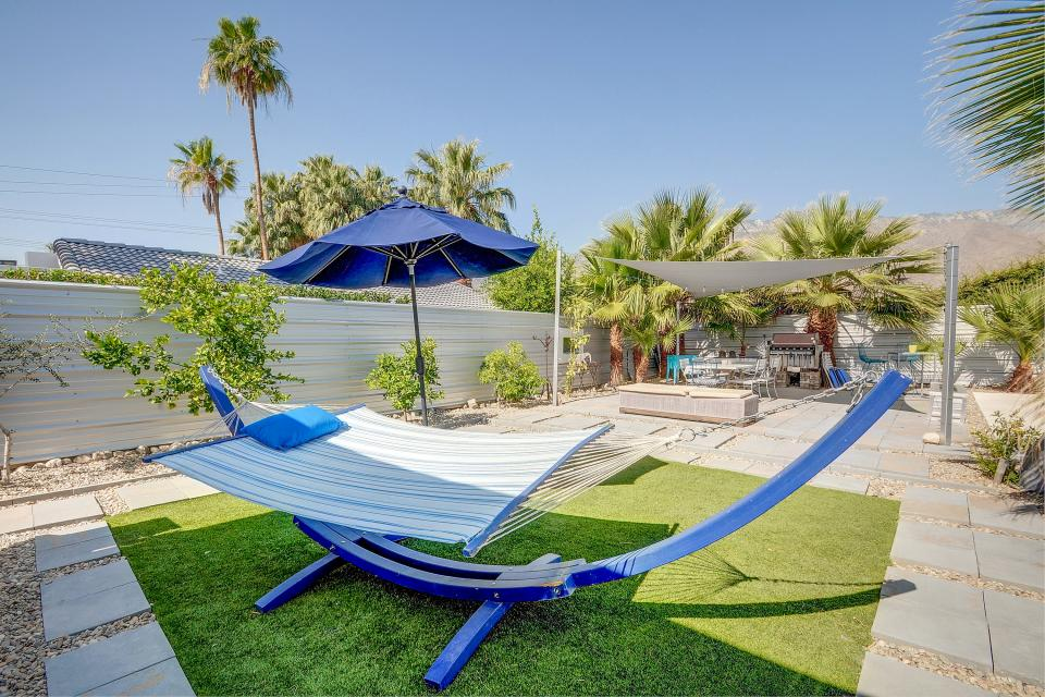 Hollywood Hideaway - Palm Springs Vacation Rental - Photo 22