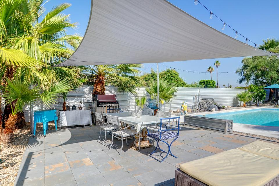 Hollywood Hideaway - Palm Springs Vacation Rental - Photo 21