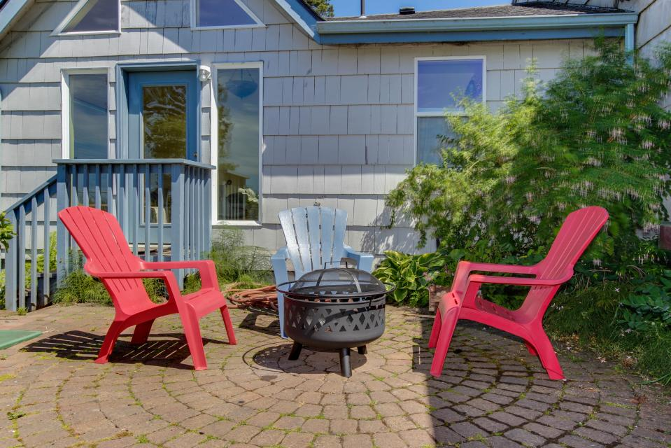 The Whalen House - Pacific City Vacation Rental - Photo 6