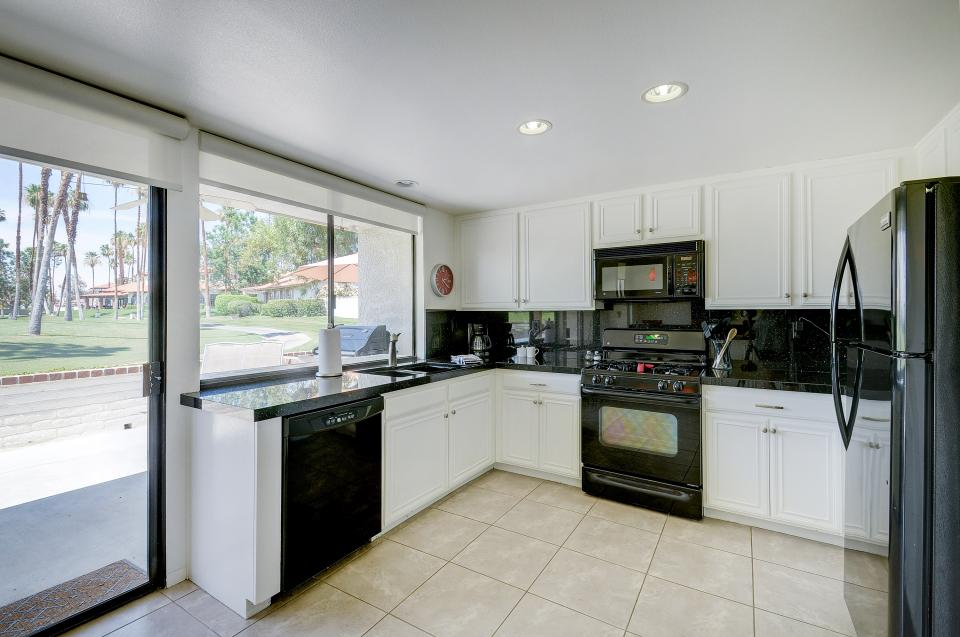 Golf Lover's Haven - Rancho Mirage Vacation Rental - Photo 15