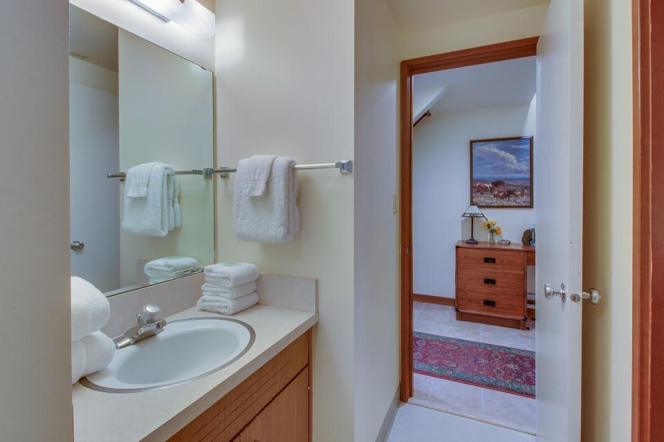 Mt View 7 | Discover Sunriver - Sunriver Vacation Rental - Photo 20