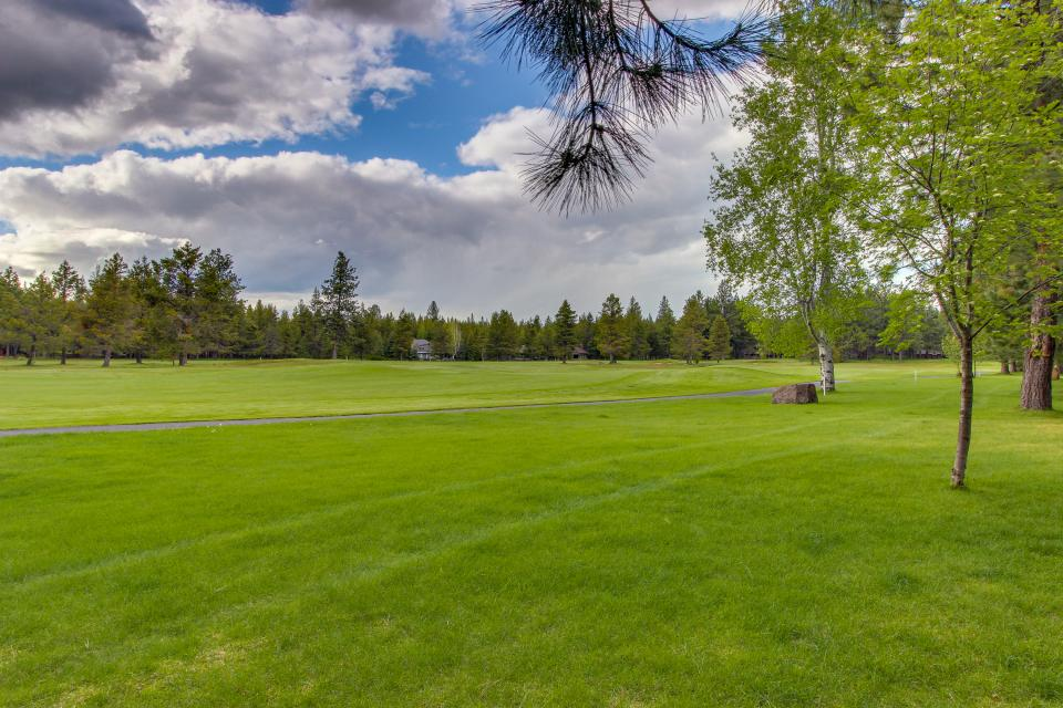 Mt View 7 | Discover Sunriver - Sunriver Vacation Rental - Photo 6