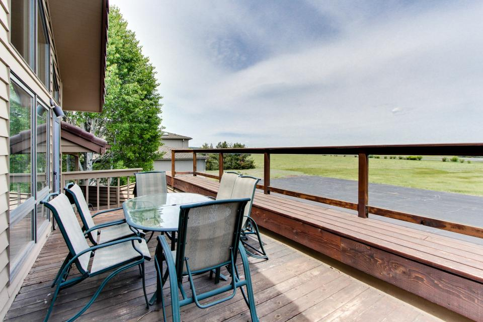 River Road 11 | Discover Sunriver - Sunriver Vacation Rental - Photo 43