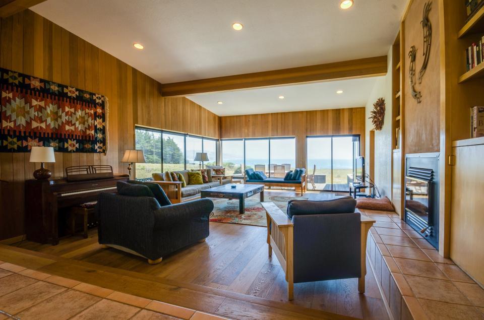 Aloha House - Sea Ranch Vacation Rental - Photo 32
