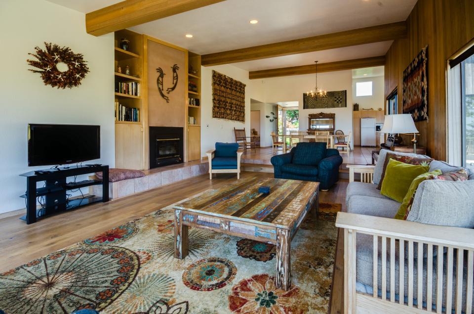 Aloha House - Sea Ranch Vacation Rental - Photo 9