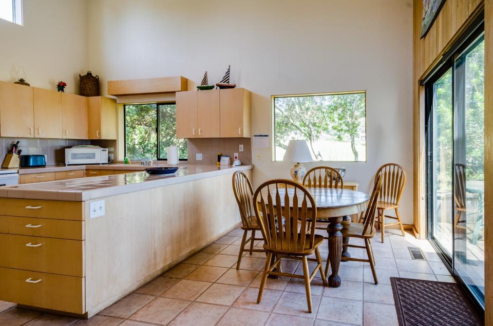 Aloha House - Sea Ranch Vacation Rental - Photo 16