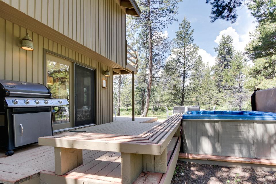 Golden Eagle Lane 17 | Discover Sunriver - Sunriver Vacation Rental - Photo 12