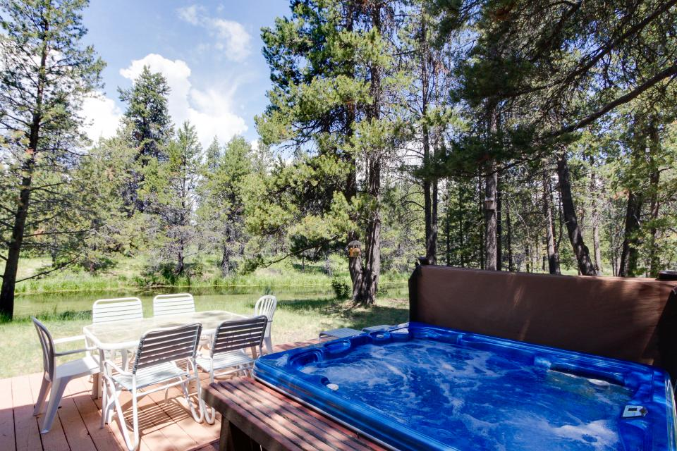 Golden Eagle Lane 17 | Discover Sunriver - Sunriver Vacation Rental - Photo 13