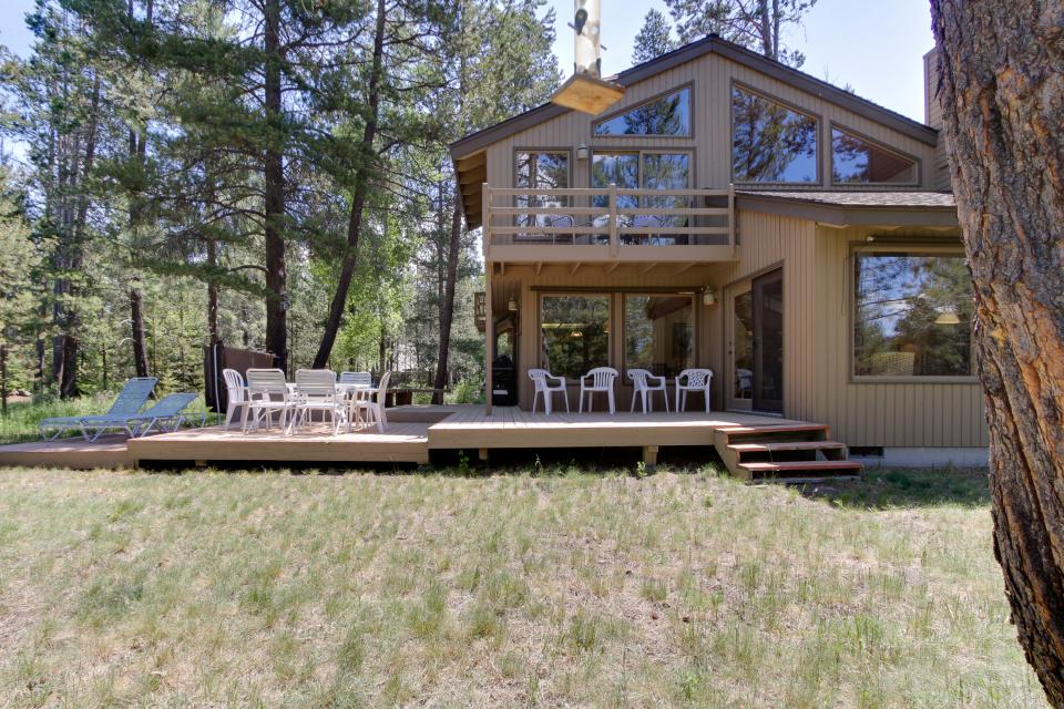 Golden Eagle Lane 17 | Discover Sunriver - Sunriver Vacation Rental - Photo 14