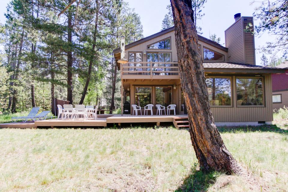 Golden Eagle Lane 17 | Discover Sunriver - Sunriver Vacation Rental - Photo 35