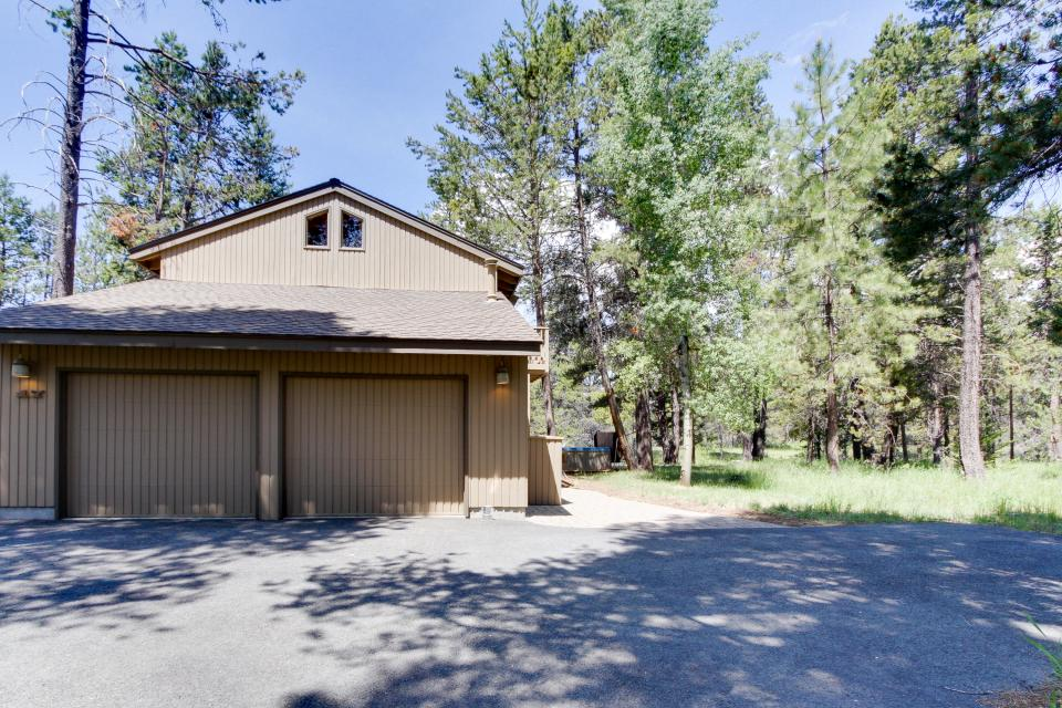 Golden Eagle Lane 17 | Discover Sunriver - Sunriver Vacation Rental - Photo 36