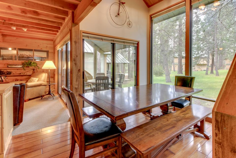 Ranch Cabin 12 | Discover Sunriver - Sunriver Vacation Rental - Photo 7