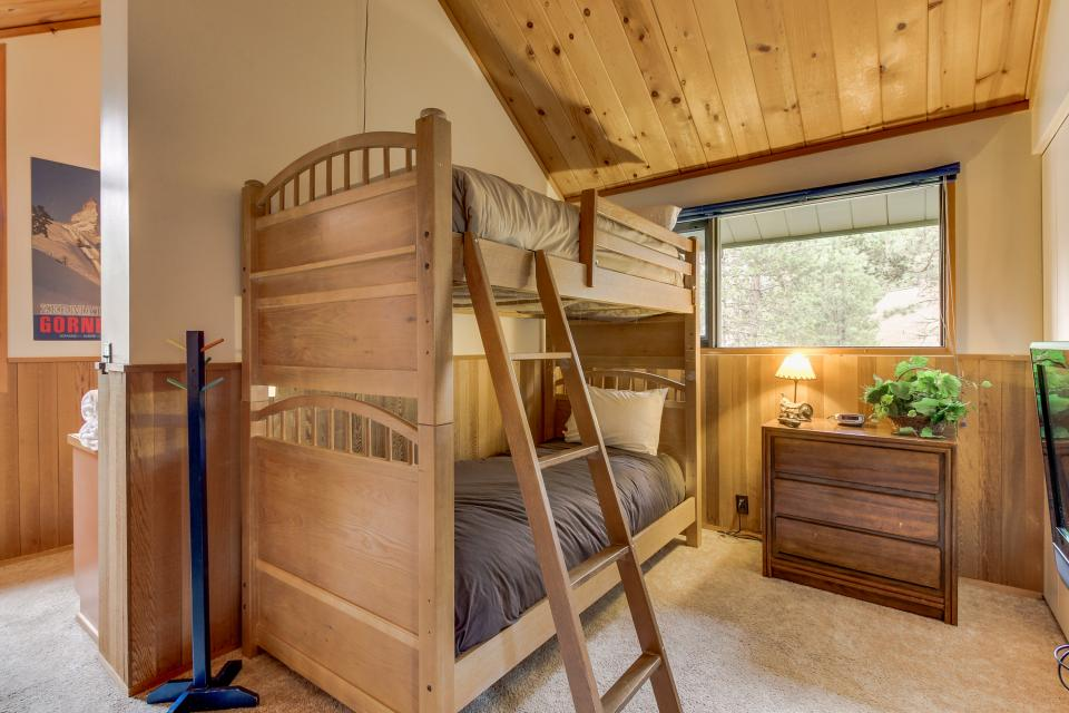 Ranch Cabin 12 | Discover Sunriver - Sunriver Vacation Rental - Photo 14