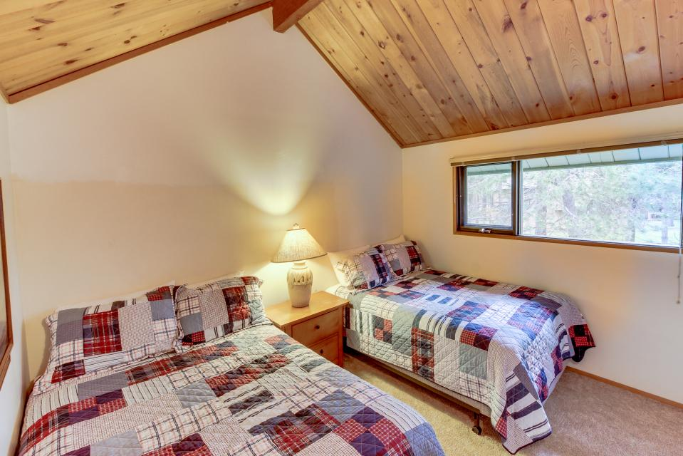Ranch Cabin 12 | Discover Sunriver - Sunriver Vacation Rental - Photo 19