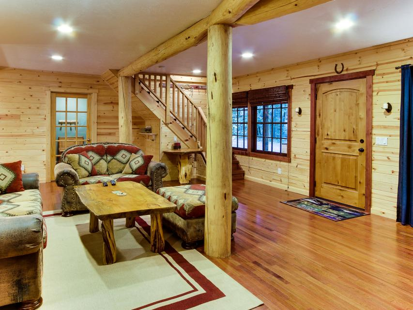 The Sharp Cabin - Rhododendron Vacation Rental - Photo 8
