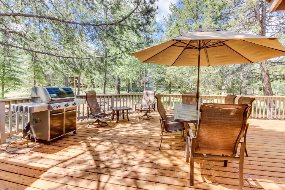 Big Leaf Lane 04 | Discover Sunriver - Sunriver Vacation Rental - Photo 25