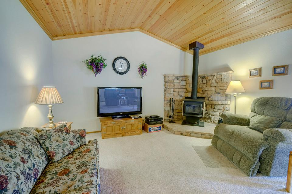 Owl's Lookout (05/061) - Groveland Vacation Rental - Photo 3