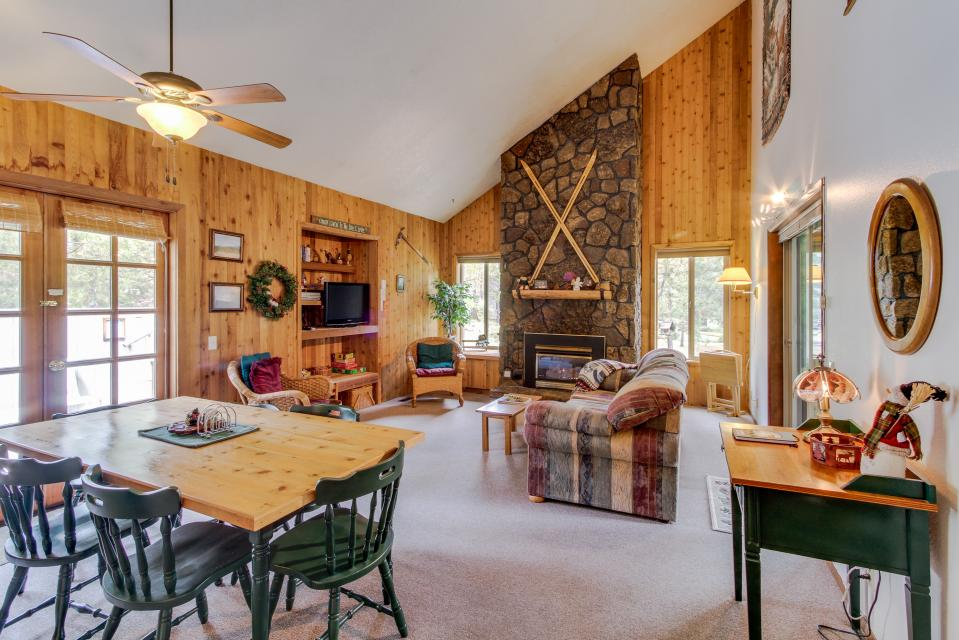 Sandhill Lane 03 | Discover Sunriver - Sunriver - Take a Virtual Tour