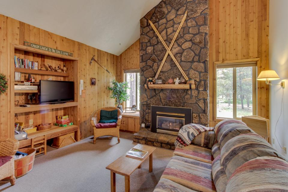 Sandhill Lane 03 | Discover Sunriver - Sunriver Vacation Rental - Photo 1