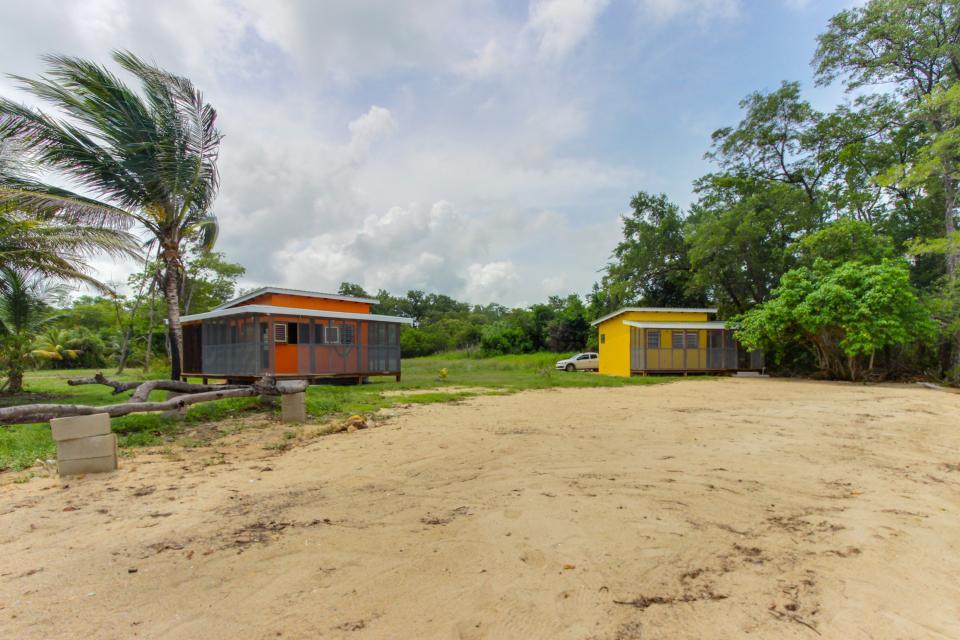 Oceanus Cabanas - Dangriga Vacation Rental - Photo 33