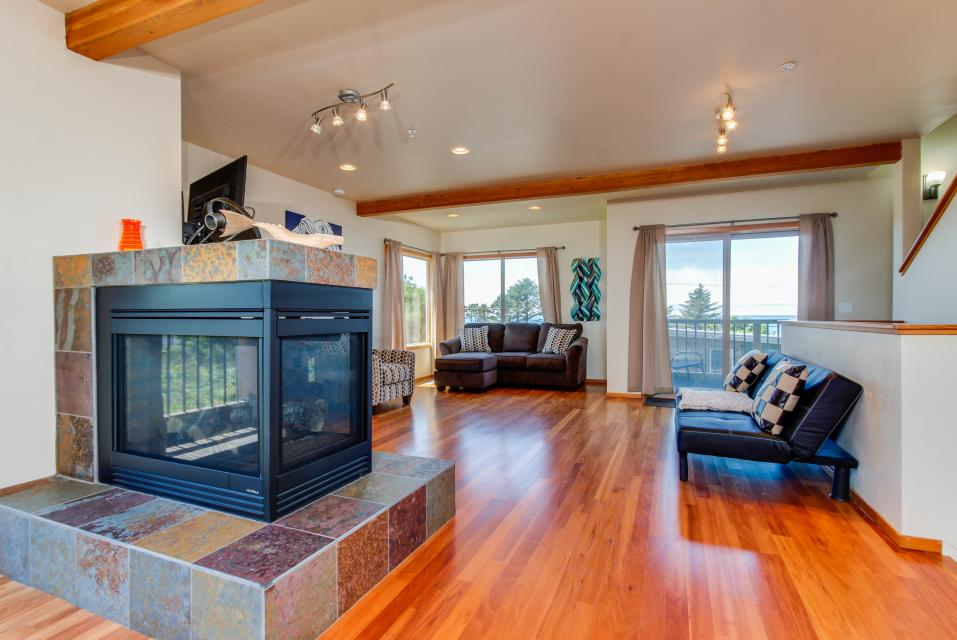 Just Beachy! - Depoe Bay Vacation Rental - Photo 7