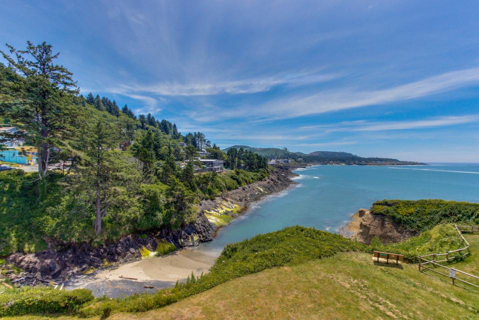 Whale Song of Depoe Bay - Depoe Bay Vacation Rental - Photo 1
