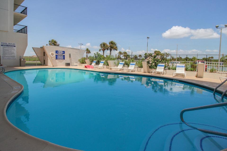 The East Ender - Galveston Vacation Rental - Photo 3