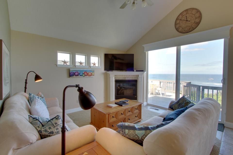 Oregon Coast Retreat - South Beach Vacation Rental - Photo 8