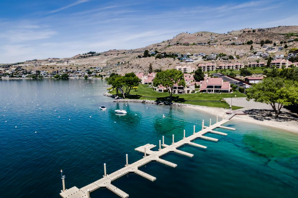Lake Chelan Shores: Boater's Paradise (#10-2)  - Chelan Vacation Rental