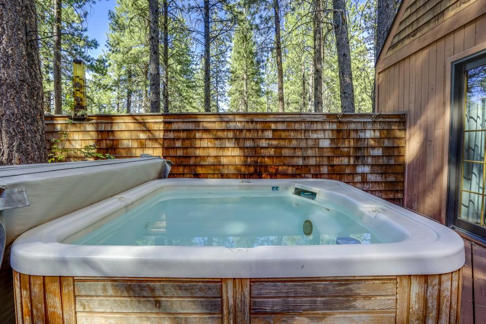 1 Pine Mountain - Sunriver Vacation Rental - Photo 2