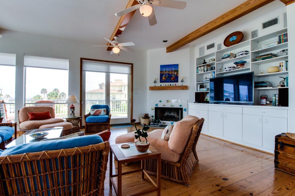 The Swashbuckler - Galveston Vacation Rental - Photo 8