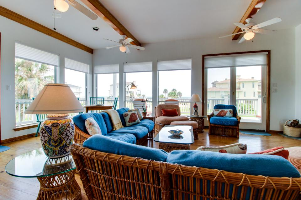 The Swashbuckler - Galveston Vacation Rental - Photo 7