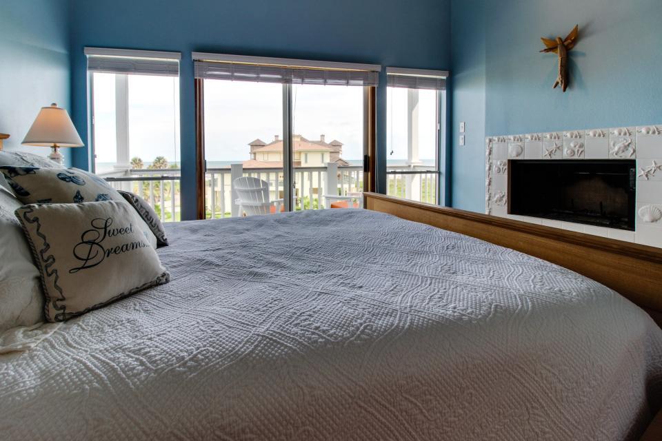 The Swashbuckler - Galveston Vacation Rental - Photo 47